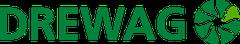 Logo der Drewag, einer der Projektpartner von BeIng Inside. Drewag ist in Großbuchstaben geschrieben und hinter dem Schriftzug rechts befindet sich eine Kugel mit durchsichtigen Strahlen, die von der Mitte der Kugel nach außen fühen.