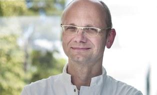 Portrait Prof. Jochen Hampe