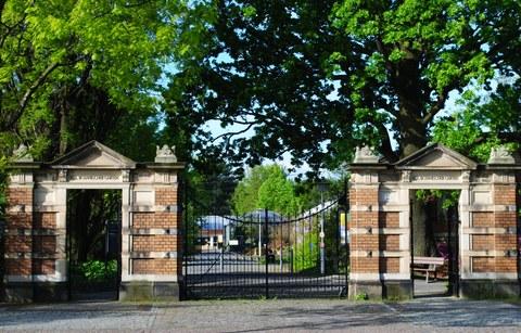 Eingangstor zum Botanischen Garten