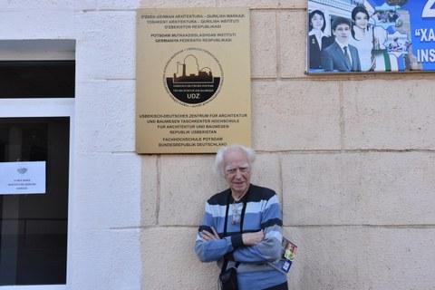 Gastdozent Prof. em. Andrey Kosinskiy (MARCHI Moskau) berichtete über das Bauwesen in den 1960er und 70er Jahren in Taschkent