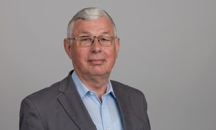 Prof. Peter Häupl
