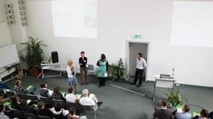 Die Abbildung zeigt ein Foto einer Diskussionsrunde während der Planergespräche 2013.