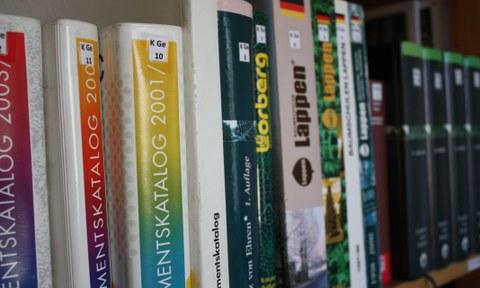 Bücher der Bibliothek