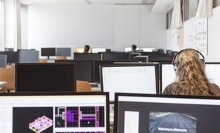 Student mit Computer