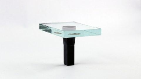 Glas und 3D-gedrucktes Polymer