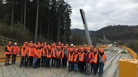 Gruppenbild Baustelle Talbrücke Schorgasttal