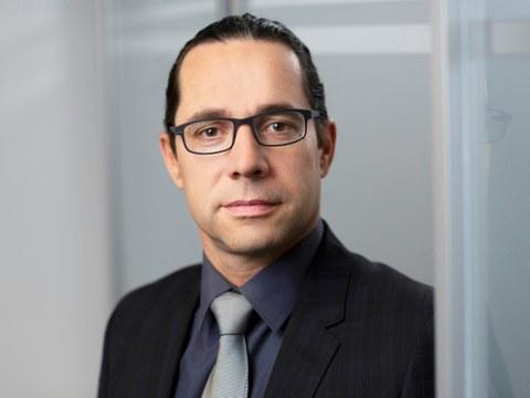 Portrait Prof. RA Frank Weber