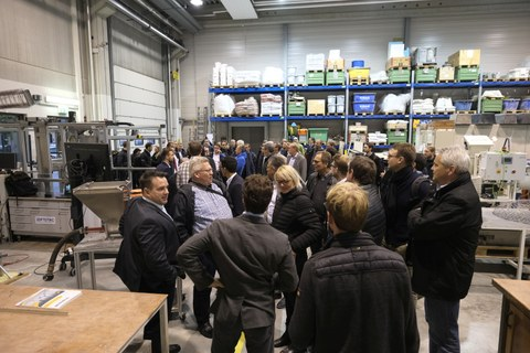 Aufnahme der Teilnehrmer während des 1. Deutschen Industrieseminars zum Thema 3D-Betondruck und andere digitale Betonbauverfahren