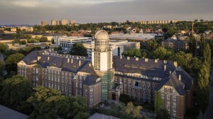 Aerial view of the Beyer Building at the TU Dresden