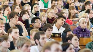 Studium - Studenten im Hörsaal
