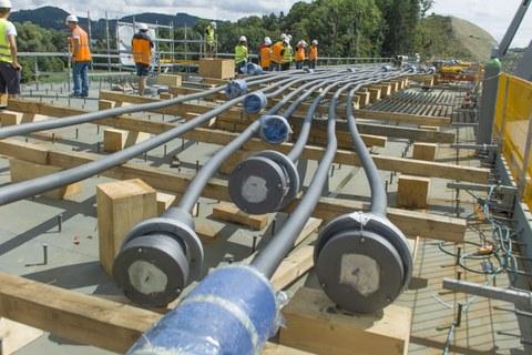 Schrägkabel vor der Montage für  Schorgasttalbrücke
