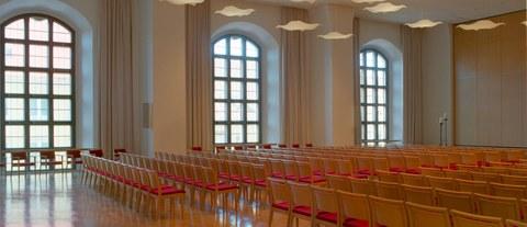 Saal Haus der Kirche