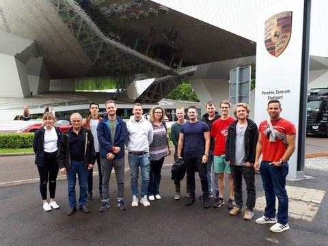 Gruppenbild Porsche-Museum