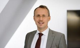 Inhaber der Professur Richard Stroetmann