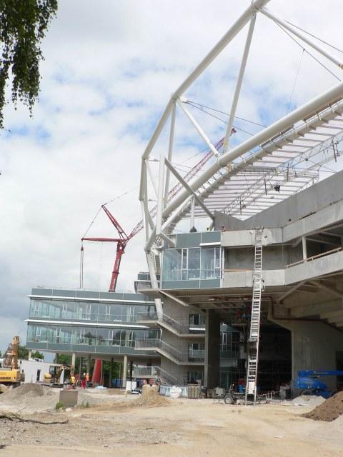 BayArena Leverkusen - vor dem Stadion