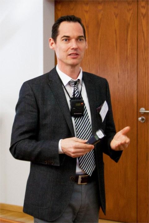 Univ.-Doz. Dr. Markus Schäfer, Universität Luxem-burg