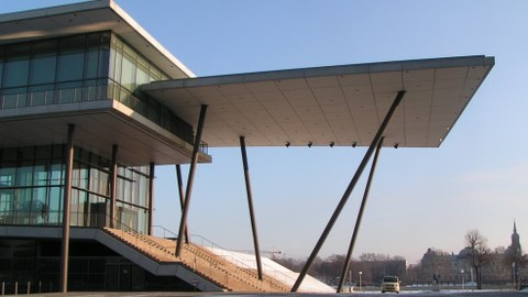 Eingang zum International Dresden Congress Center