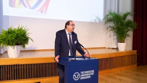 Präsident des Institut National des Sciences Appliquées de Strasbourg (INSA), Prof. Romuald Boné.