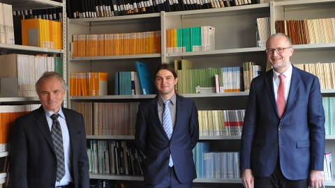 von links: Prof Wellner, Markus Uhlig, Prof. Herle