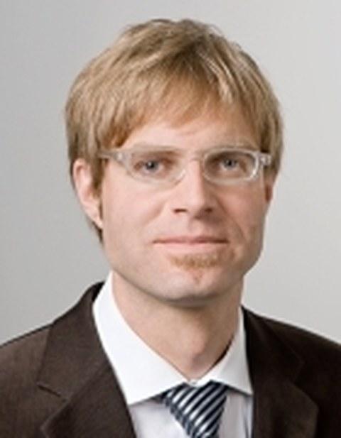Prof. Straub