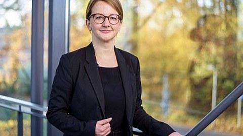 Dr. Diana Stiller