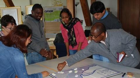 Kursteilnehmer während eines Workshops auf der Insel Vilm