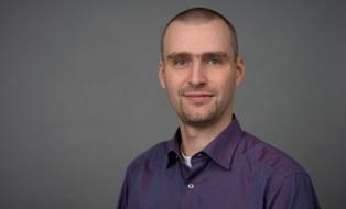 Dr. Stefan Julich