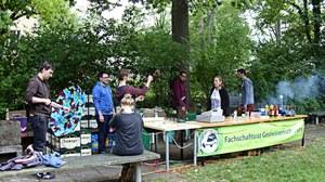 Verkaufsstand beim Geogrillen im Hülsse-Park