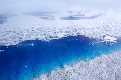 Supraglacial lakes on the 79°N glacier in northeast Greenland