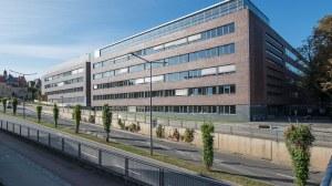 Chemiegebäude von außen