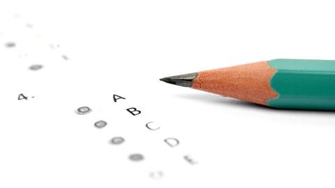 Stift mit Bewertungsfragebogen