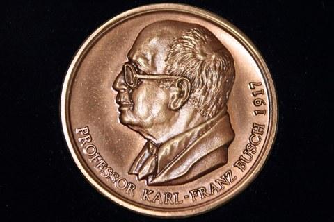 Abbildung der Karl-Franz -Busch-Medaille