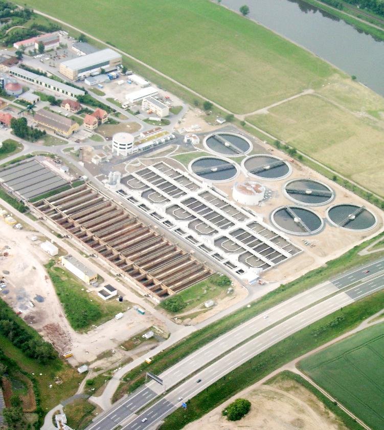 Luftbild der Kläranlage Dresden-Kaditz an der A 4; Henry Mühlpfordt