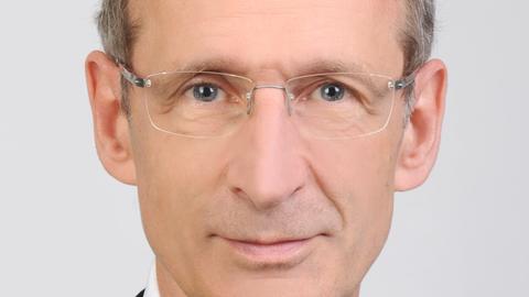 Professor Schanze