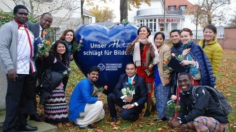 Nachhaltige Entwicklung und gelebte Internationalität: CIPSEM-Kursprogramm an der TU Dresden feiert 40-jähriges Bestehen