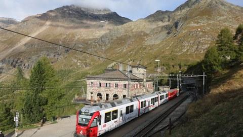 Alp Gruem an der Berninabahn
