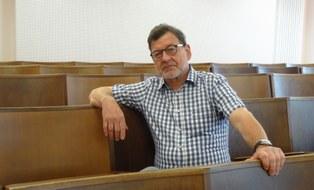 Prof. Koettnitz