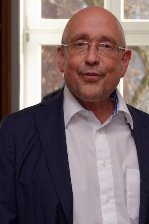 Prof. Erhard