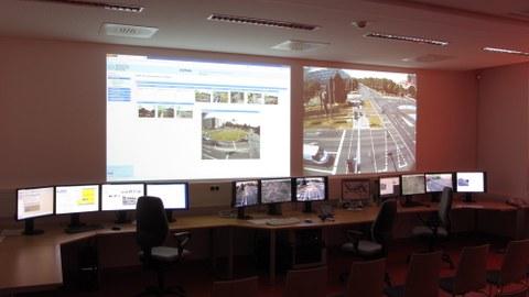 Leitzentralenlabor an der Fakultät Verkehrswissenschaften