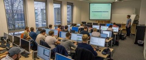 Lehrveranstaltung im PC-Pool