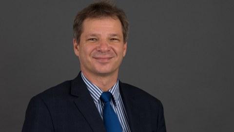 Prof.  Oliver Michler