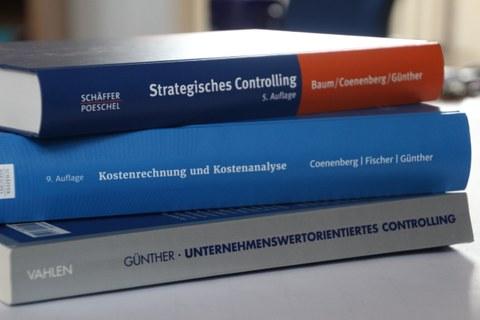Auswahl der Buchveröffentlichungen des Lehrstuhls