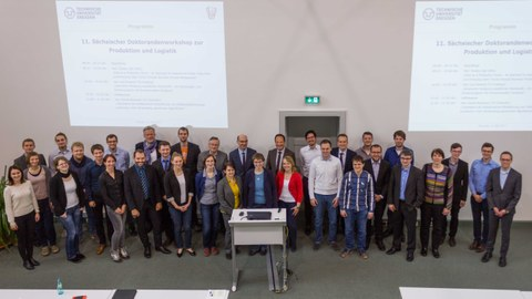 Group photo of the 22 participants of the workshop.