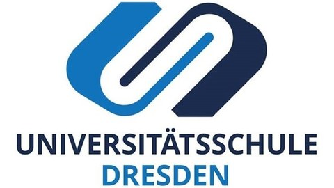 "Logo of the university school Dresden. Two U's interlocking in 2 different shades of blue. Underneath the logo ""Universitätsschule Dresden"" in two different shades of blue."
