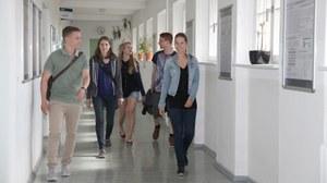 Studenten laufend