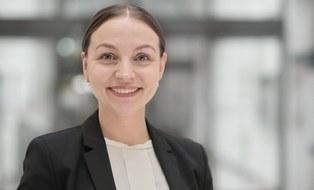 Das Bild zeigt ein Portrait von Ianina Scheuch.