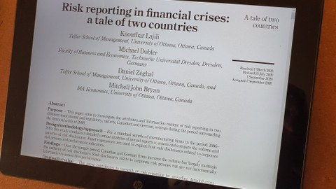 Risk reporting in financial crises