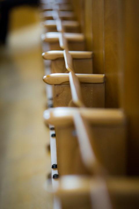 Sitzbankreihe