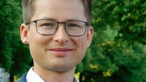 Dr. Felix Rösel