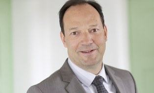 Prof. Dr. Rainer Lasch